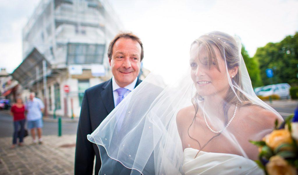 mariée voile blanc