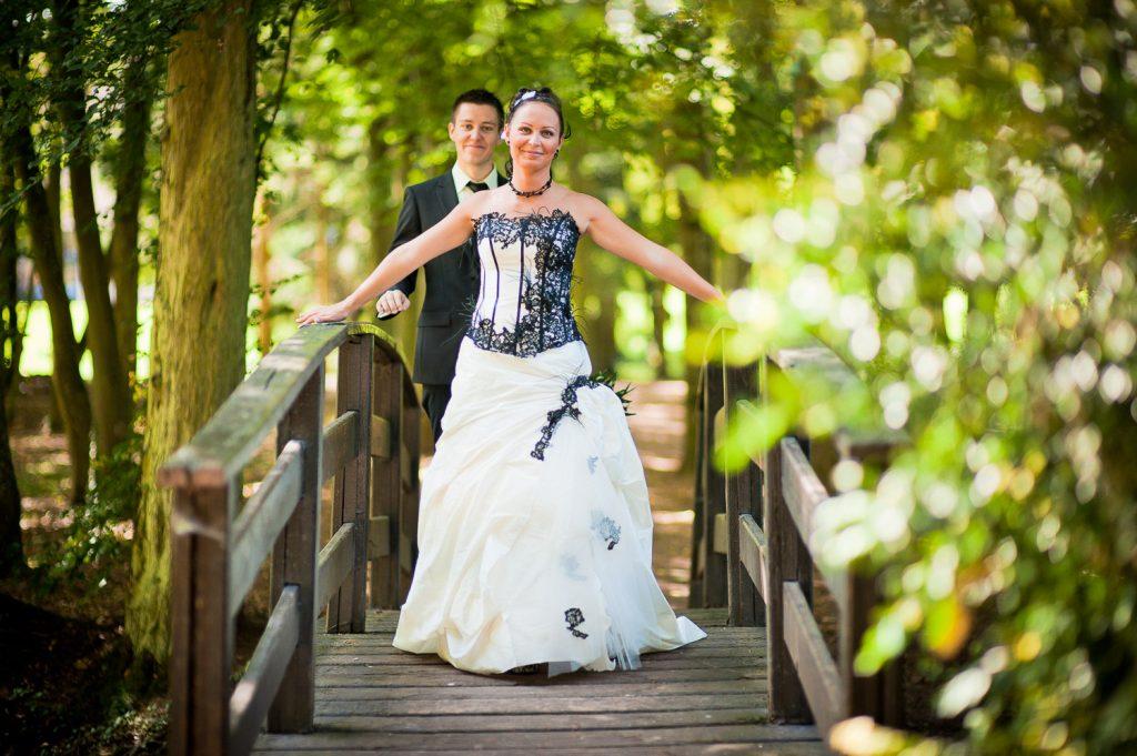 mariée robe noire