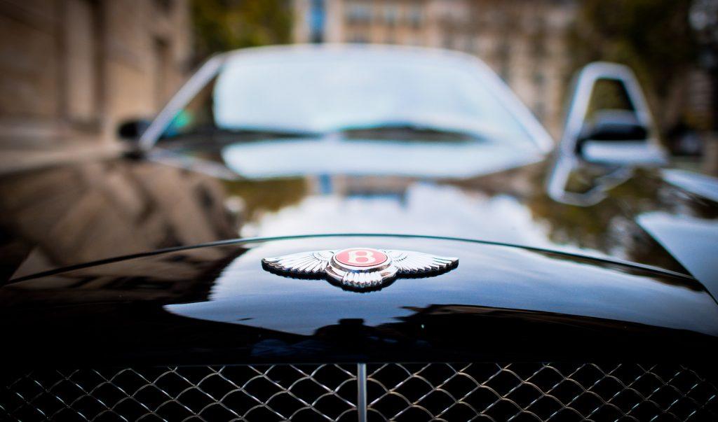 Bentley noire mariage