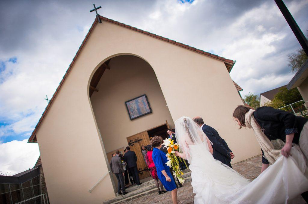 Mariage église de Chateaufort