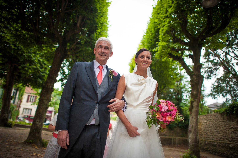 mariage robe metal flaque