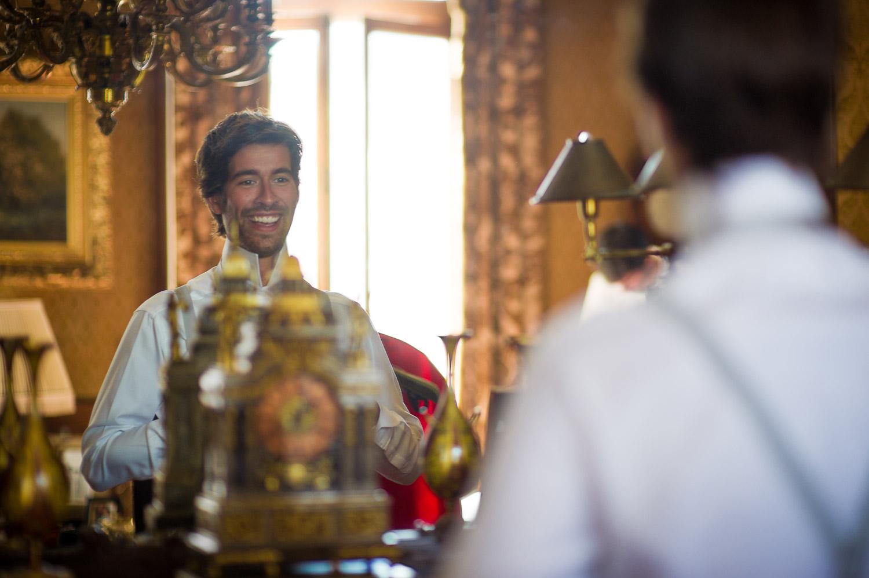 marié dans miroir