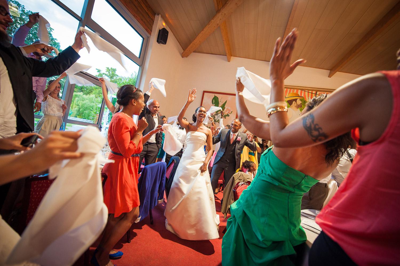 entrée mariés danse