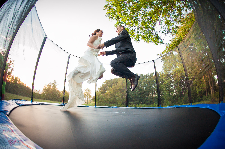 mariés trampoline