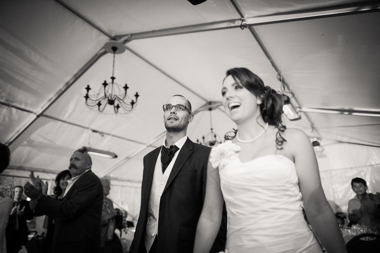 entrée mariés chapiteau